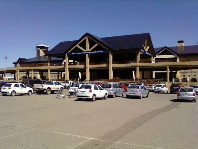 Photo of San Carlos De Bariloche Airport by William Roger