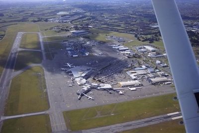 Photo of Christchurch International Airport by Leo Schuler