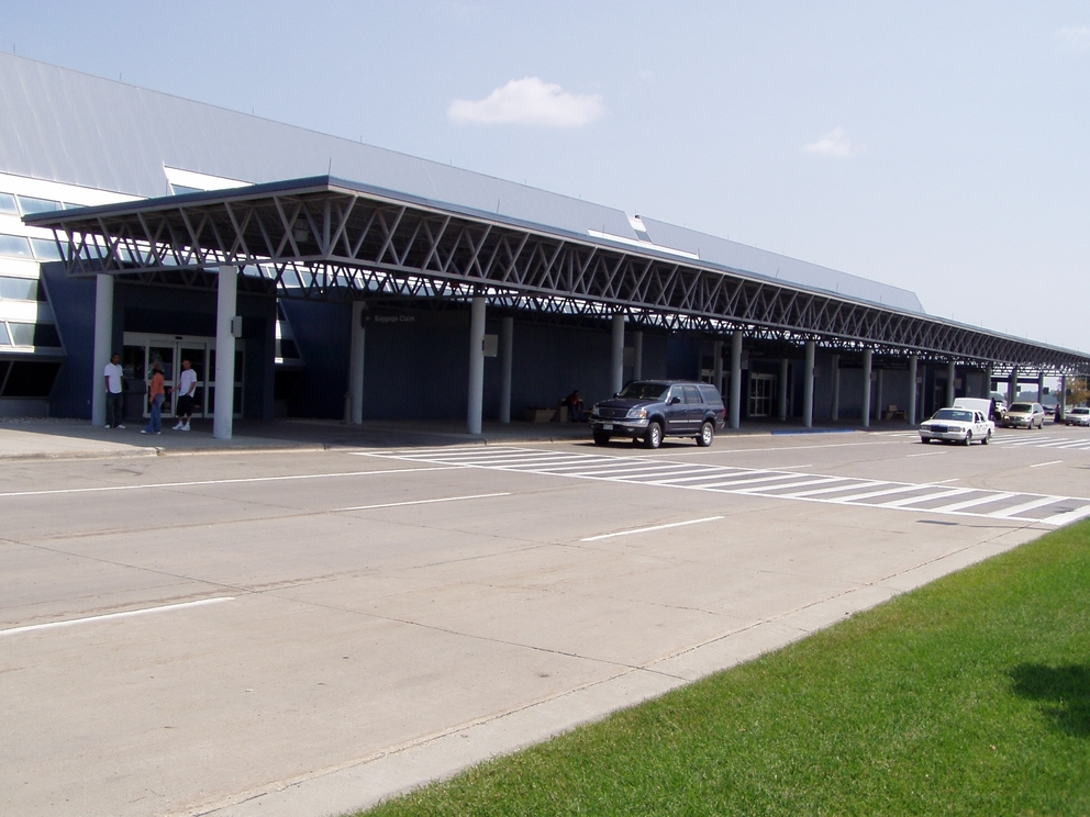Photo of Hector International Airport by S Brown