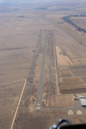 Photo of Ficksburg Sentraoes Airport by Willem Naude