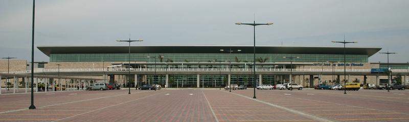 Photo of Simon Bolivar International Airport by Luciana Santos