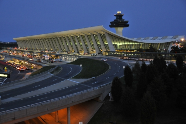 Photo of Washington Dulles International Airport by Curt Littlejohn