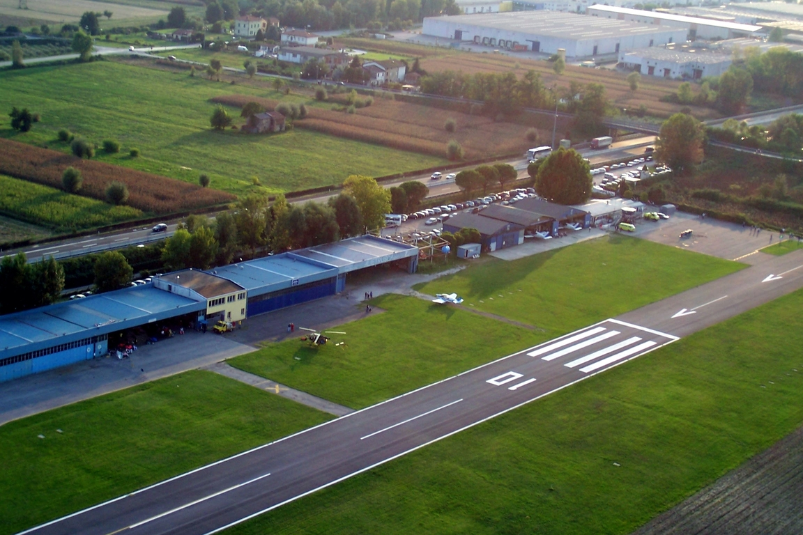 Photo of Lucca / Tassignano Airport by Riccardo Orlando