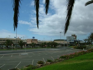 Photo of Gran Canaria Airport by Richard Hodson
