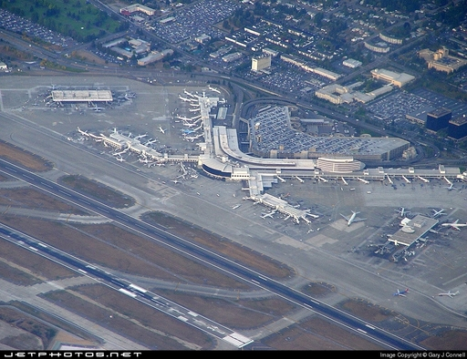 Photo of Seattle Tacoma International Airport by Ray Ehr