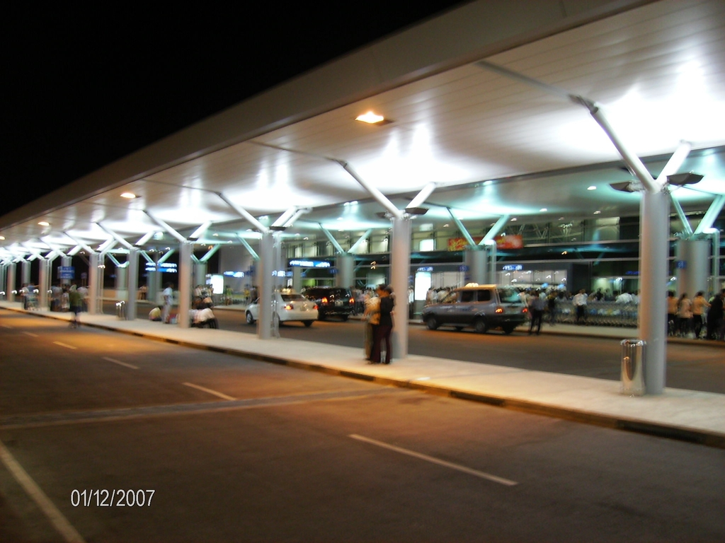 Photo of Tan Son Nhat International by Paul Lujanac