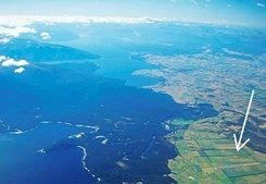 Photo of Manapouri by Simon Gunson