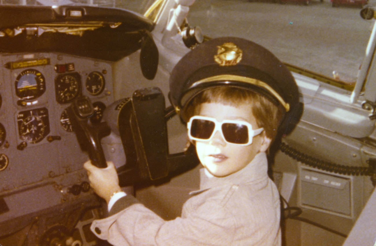 Ron Rapp started in aviation at the age of 6 years old! His website is one of the best aviation websites out there!